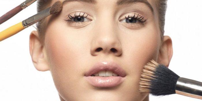 aplicar el maquillaje