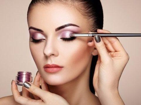 Consejos para que el maquillaje dure más tiempo